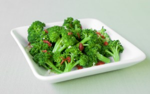 Broccoli with Sun-Dried Tomatoes